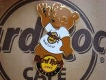 Hard Rock Cafe WARSAW 2009 BEAR PIN LE 200