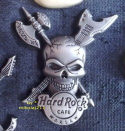 Hard Rock Cafe WARSAW 2012 - 3D Skull Axe Pin LE