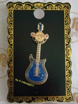 Hard Rock Cafe WARSAW 2011 Core Guitar blue #1 Pin