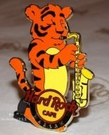 Hard Rock Cafe WARSAW '09 Tiger Sax Pin LE 200